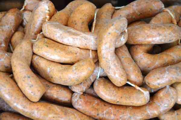 Obazda-Bacon-Würstchen