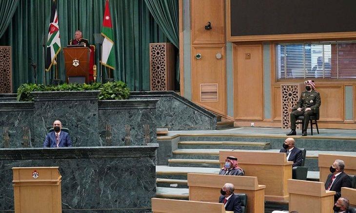 """Photo of """"الإصلاح السياسي"""" الملف المنسي في الأردن: تضخم في """"التوقعات"""" أم إصرار على """"أنيميا"""" التنشيط؟"""