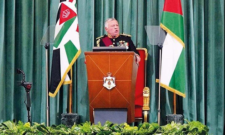 "Photo of الأردن: إشكالية الاختصاص الأمني والعودة لـ""وصفة 89″ والاستعداد لمرحلة انكماش مالي"