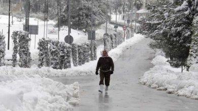 Photo of عرس «فيروسي» في الشارع الأردني بعد «مفاجأة» الحظر: من اتخذ «القرار»؟