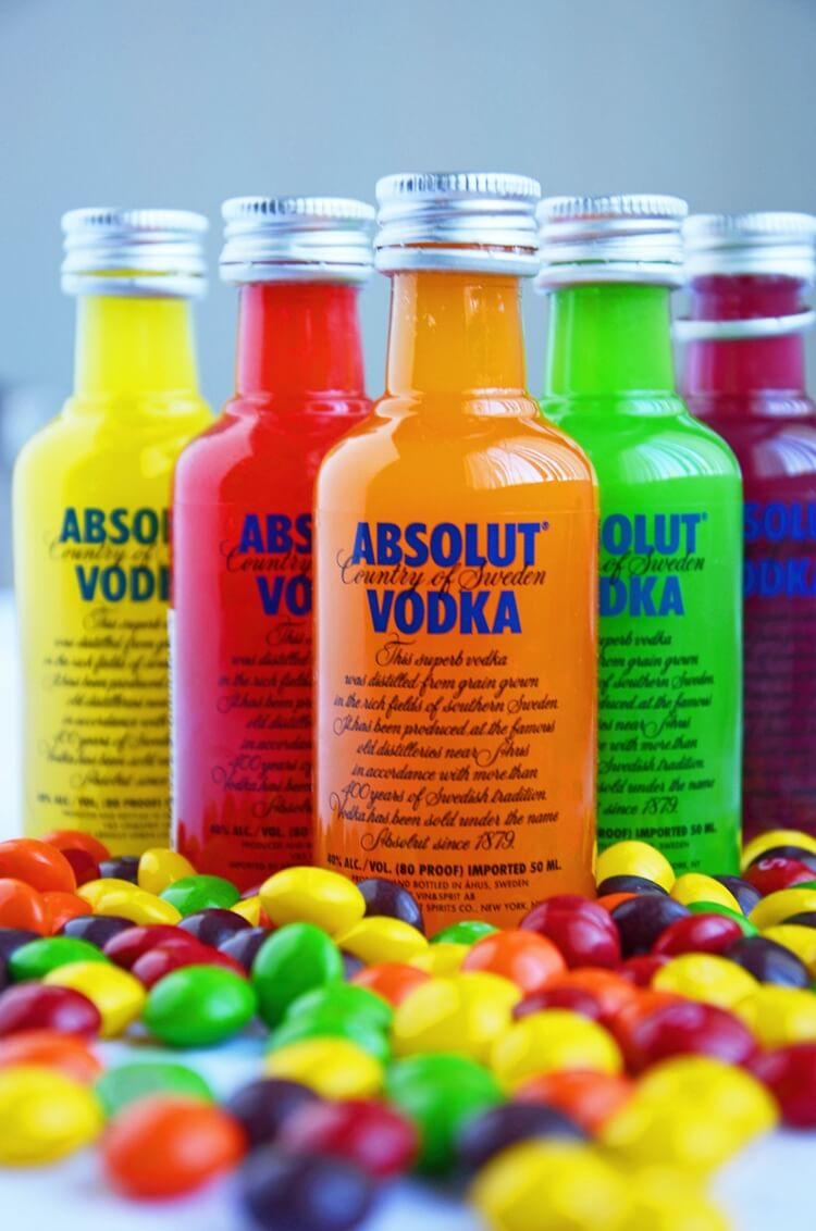 Colorful alcoholic drinks (32 Photos) 29
