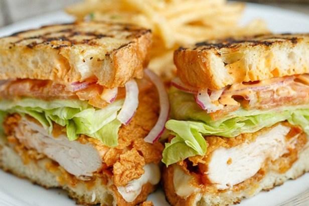 chicken sandwith