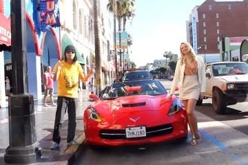 Girl Pick up Guys in a Corvette 1