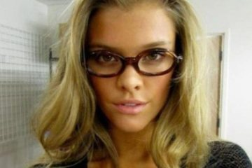 Cute Girls with Glasses
