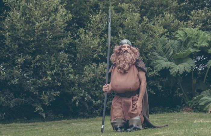Hobbit-mad couple transform their garden into Middle Earth 13
