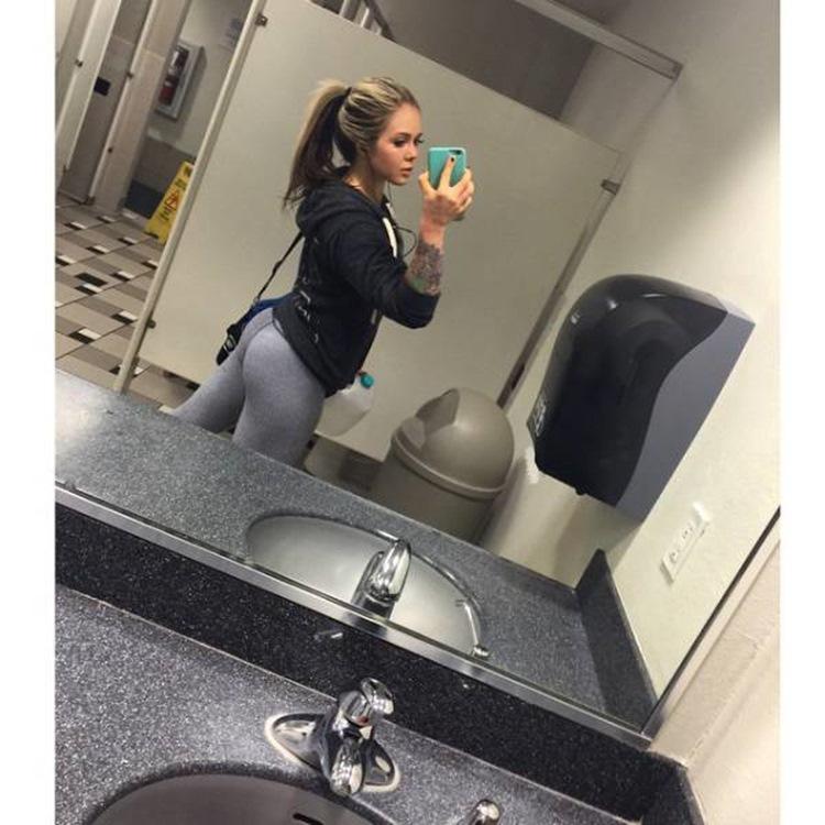 Badchix always look drop dead sexy in Yoga Pants 15