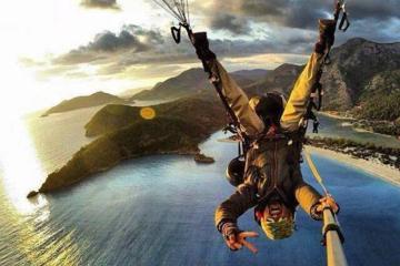 crazy skydiving morning photo randomness