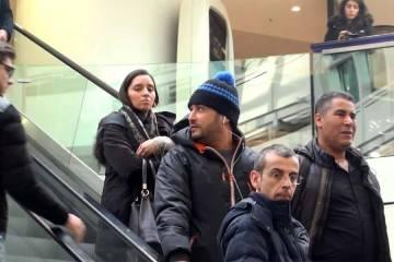 the mall love prank escalator