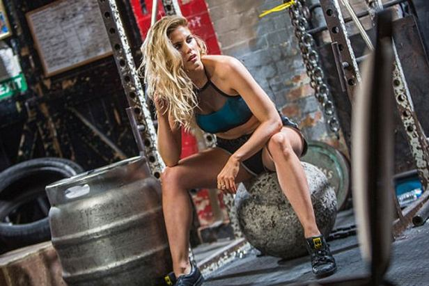 Ashley James - Fitness model - Monday Links Awesomeness 1