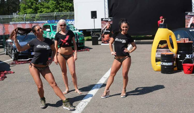 Bikini Carwash With Badchix Live at Race Wars