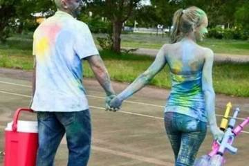 Daily Fresh Baked Randomness (35 Photos) couple paint party