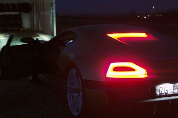 Bugatti Veyron vs Rimac Concept Drag Race