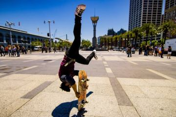 Skateboard Parkour in San Francisco 1