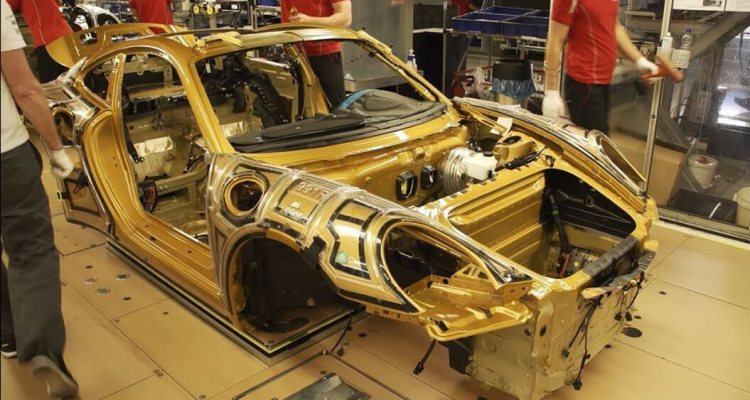 The rare production process of the 911 Turbo S Exclusive Series