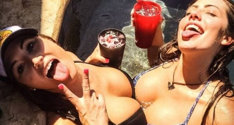 Badchix Mix So Well With Alcohol (40 Photos) 1