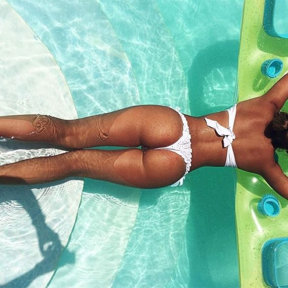 Let's Cure The Case of the Monday Blues with Girls in Bikini (38 Photos) 1