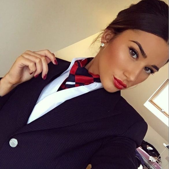 Flight Attendants Show How They Look (26 Photos) 1