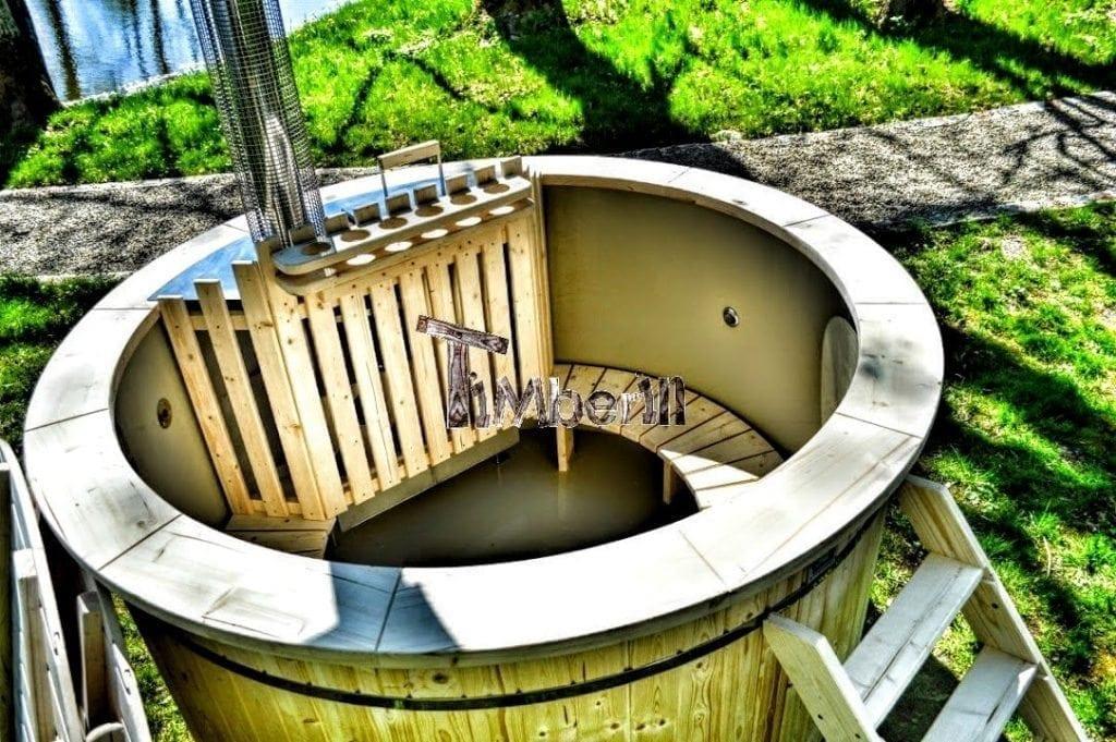 Badetonne-Badezuber-Badebottich-Badefass-mit-Kunststoffeinsatz-Garten-im-Sommer Projekte