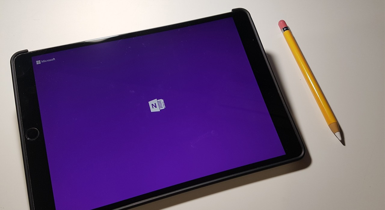 OneNote and Apple Pencil for note-taking, a student's