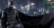 Suicide Squad, Hot Toys presenta la statua di Batman