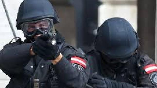 أنباء عن هجوم على كنيس يهودي في النمسا