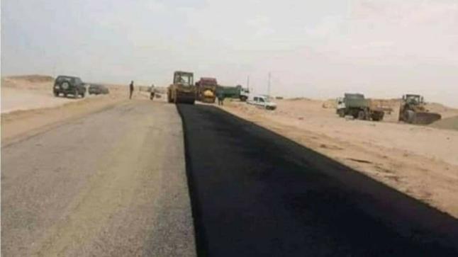 المغرب يشرع في تعبيد الطريق بالمنطقة العازلةبالكركارات