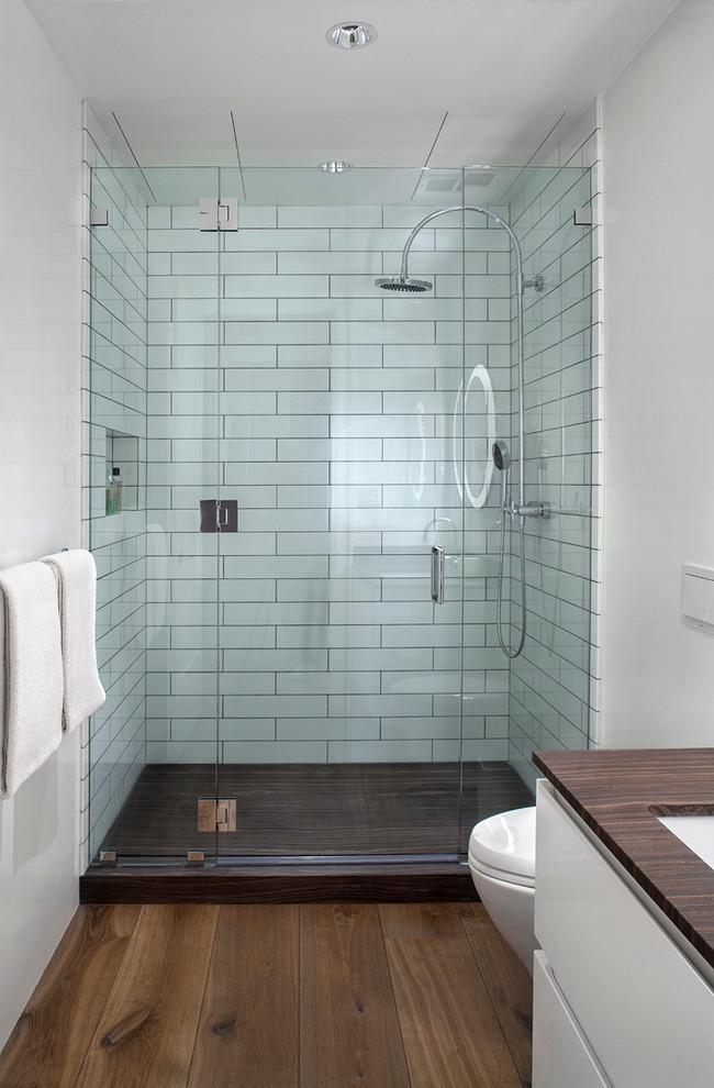 Kleine Badkamer Met Houten Vloer Badkamers Voorbeelden