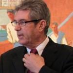 """jean michel colo maire d arcangues lors d une 150x150 Dictatura minorităților: Un primar francez riscă 5 ani de închisoare pentru că refuză să oficieze """"căsătorii"""" gay"""