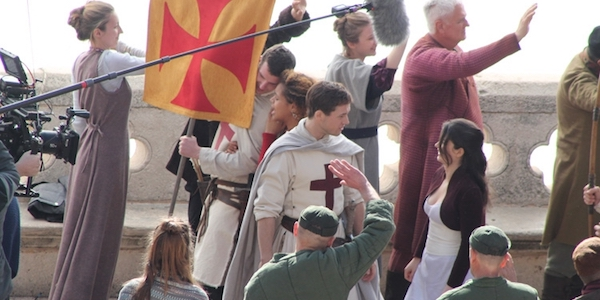 robin-hood-taron-egerton-banner