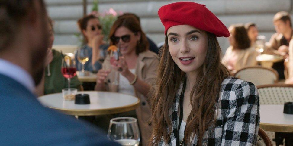 Emily in Paris (prima stagione): la recensione