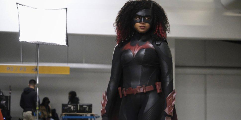 "Batwoman 2×09 ""Rule #1"": la recensione"