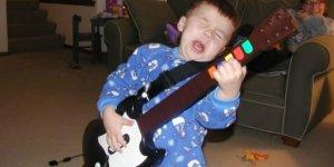 Seciale Guitar Hero megaslide