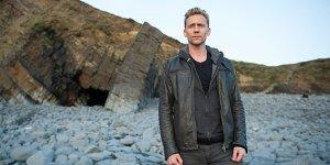 The Night Manager: ecco il primo trailer della serie con Tom Hiddleston e Hugh Laurie!