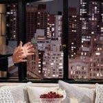 Ascolti USA – 05/04/18: Will & Grace chiude stabile, crollano Grey's Anatomy e Station 19
