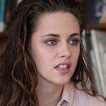 Charlie's Angels, Kristen Stewart in azione nelle prime foto dal set