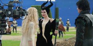Maleficent: Signora del Male, un lungo B-roll ci porta sul set del film
