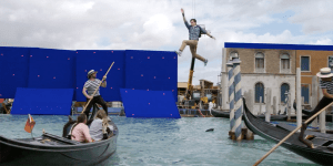 Spider-Man: Far From Home, il making of dell'attacco a Venezia dagli extra del Blu-ray | EXCL
