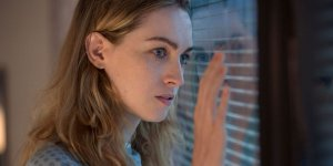 Jamie Clayton in Roswell, New Mexico