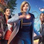 Doctor Who 11: un nuovo poster ufficiale dedicato al Dottore e ai suoi companion