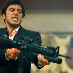 Scarface: il remake nel 2018, David Mackenzie e Peter Berg in lizza per la regia
