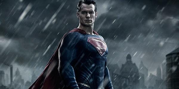 Zack Snyder difende il finale dell'Uomo d'Acciaio, distrutto un edificio di Bruce Wayne
