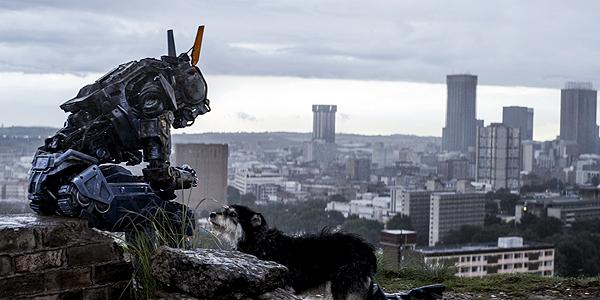 Chappie: ecco il secondo trailer del nuovo sci-fi di Neill Blomkamp!