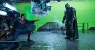 Batman v Superman: Ben Affleck con l'armatura del Crociato di Gotham in una foto dal backstage