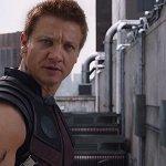 """Avengers, parla Jeremy Renner: """"Fingevo un infarto in ogni scena per la frustrazione"""""""