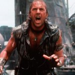 Waterworld: il trailer del film con Kevin Costner montato in stile Mad Max: Fury Road