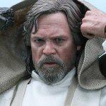 Star Wars: Il Risveglio della Forza, ecco la figure di Luke Skywalker della Hot Toys