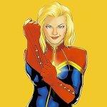 Captain Marvel: Kevin Feige rassicura sui colori del costume di Carol Danvers