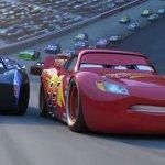 Cars 3: il mondo delle auto da corsa in una nuova featurette