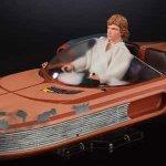 Star Wars: ecco la figure della Black Series Hasbro di Luke Skywalker insieme allo Speeder