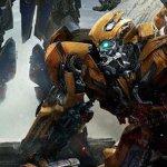 Transformers: L'Ultimo Cavaliere, Optimus Prime e Bumblebee in un nuovo poster italiano
